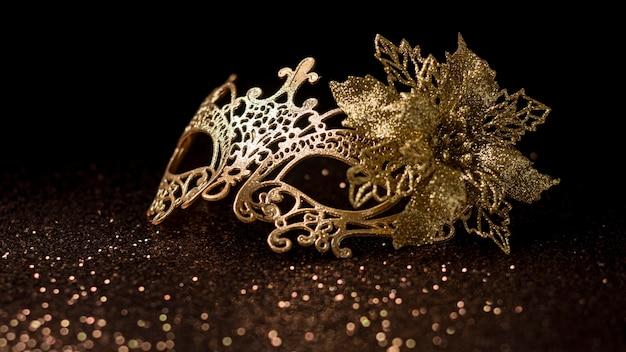 Maschera di carnevale scintillante
