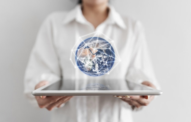 Global network connection and big data technology
