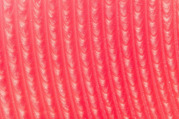 Глянцевая красная помада