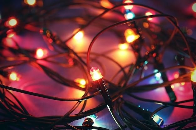 빛나는 크리스마스 조명, 클로즈업