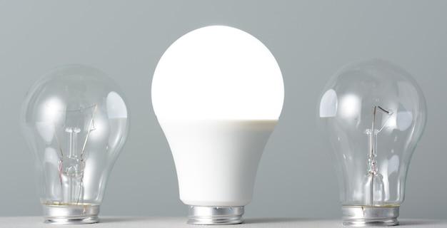 빛나는 led 램프 및 백열 전구