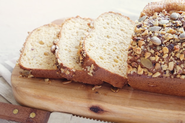 Gluten free almond bread, ketogenic diet