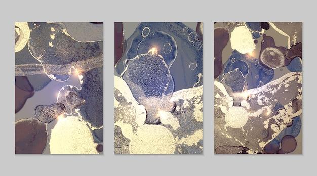 알코올 잉크 유체 예술에 설정된 대리석 추상 벡터의 질감이 있는 금색과 보라색 배경
