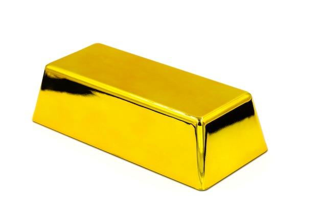 Золотой слиток на белом фоне