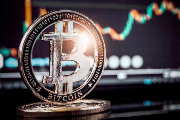 디지털 그래프 차트 배경으로 골드 bitcoin