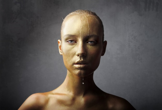 Gold effect on a woman's face