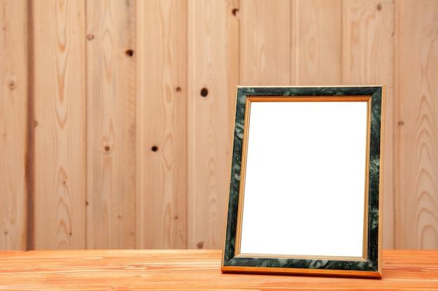 사진과 그림을위한 푸른 색 인서트가있는 골드 프레임