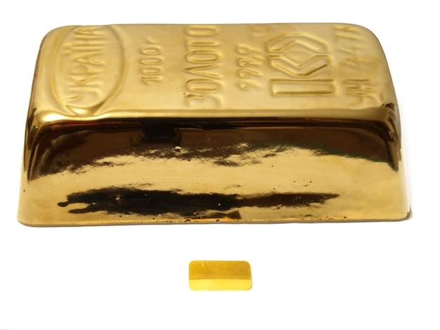 Слиток золота