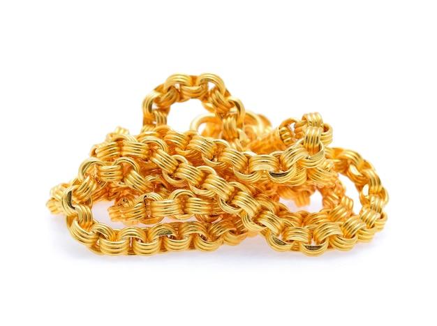Золотое ожерелье, изолированные на белом фоне