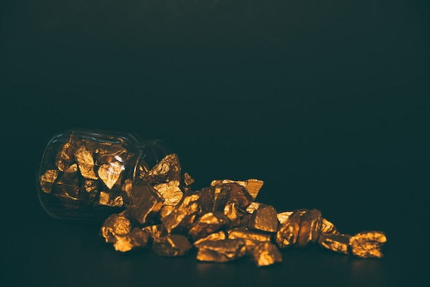 Gold nuggets, gold ore
