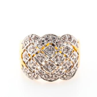 Золотой аксессуар с бриллиантами