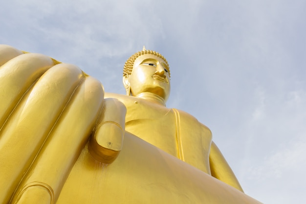 논 타 부리, 태국에서 와트 bangchak에서 황금 불상