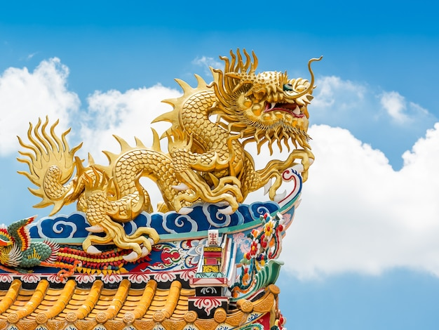 Golden dragon statue for decoration in the temple
