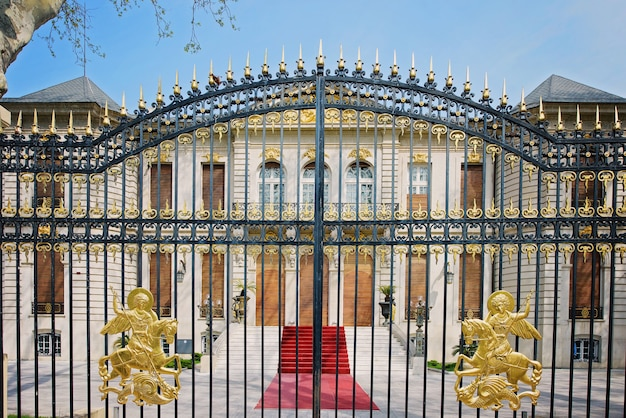 Golden gates in bucharest
