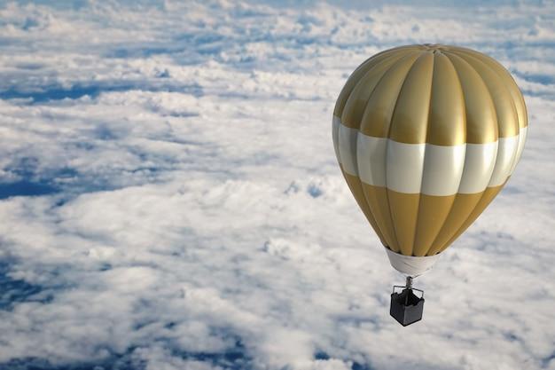 Золотые воздушные шары над облачным небом