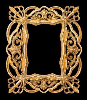 황금 액자입니다. 검은 배경에 고립 된 빈티지 예술 개체