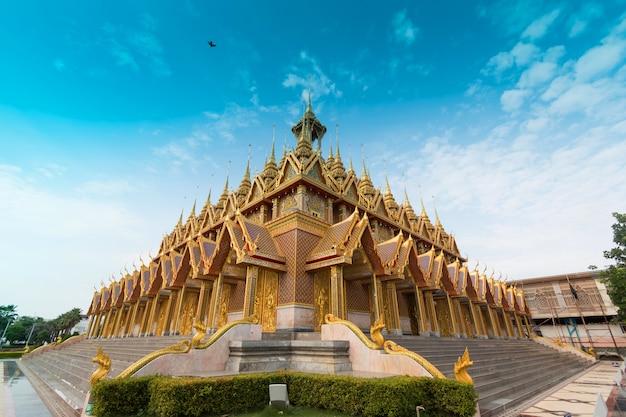 Golden sanctuary (temple) in wat tha sung uthai thani