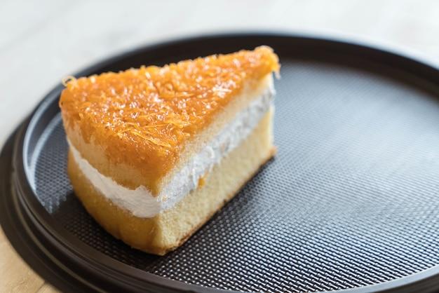 黄金の糸のケーキ