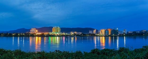 ゴールデントライアングル特別経済区、ラオス政府から中国所有のキングスローマ人グループへの99年間のリース。
