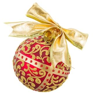 Золотой с красным елочным шаром