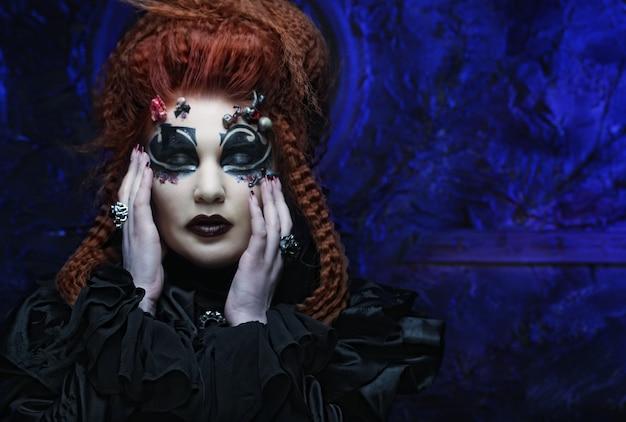 ゴシック魔女。暗い女性。