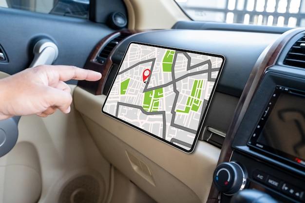 경로 목적지에 대한 gps지도 네트워크 연결 위치 gps 아이콘이있는 거리지도 탐색