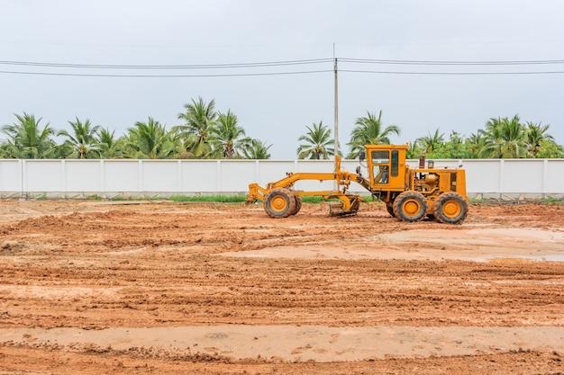 グレーダー道路建設グレーダー産業機械は新しい道路の建設に。