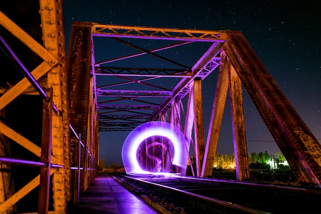 橋のグラデーションライト