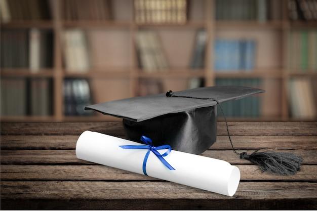 Выпускной класс и диплом на фоне