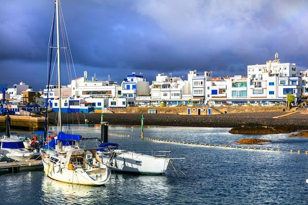 グランカナリア島-プエルトデラスニエベス、伝統的な漁村と港。カナリア諸島