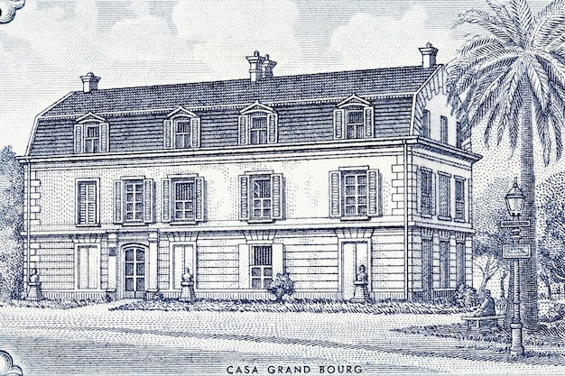 Grand bourg house in france from old argentinian money