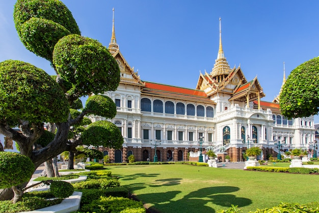 Grand palace, wat pra kaew with blue sky, bangkok, thailand