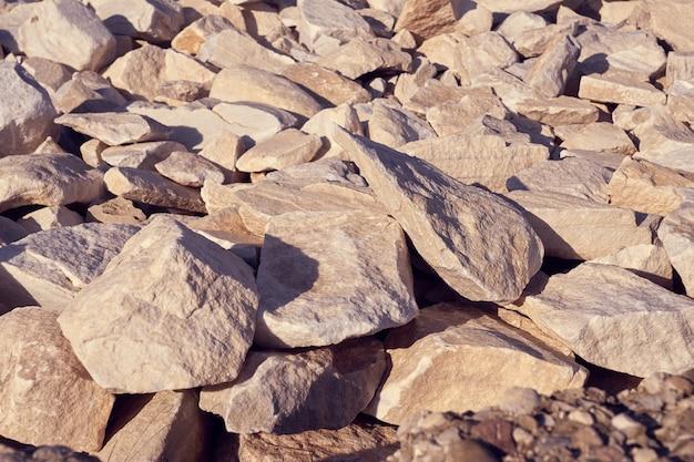 花崗岩の石セットをクローズアップ