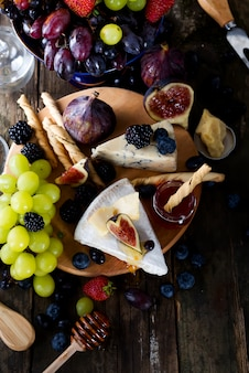 Grape, cheese, figs and honey