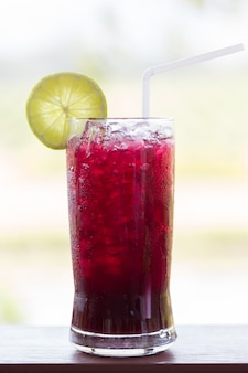 Grape juice with lime soda