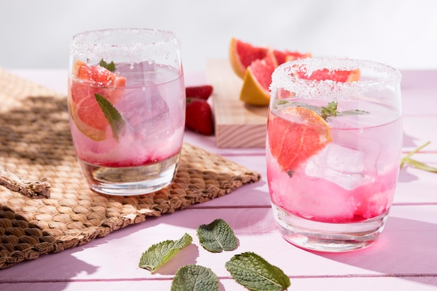 Grapefruit and strawberry flavor drink