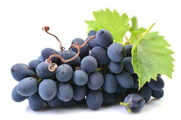 Виноград изолирован