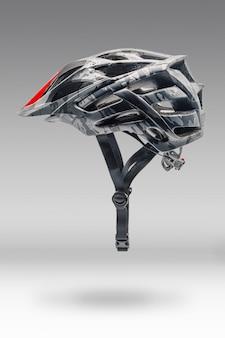 Серый велосипедный шлем