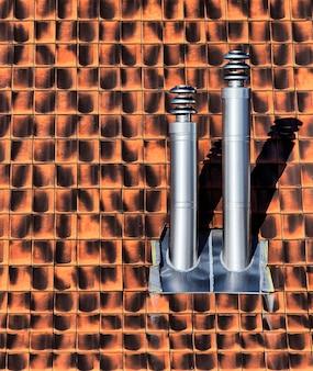 Выхлоп на крыше из серой нержавеющей стали