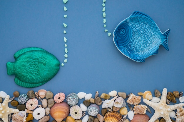 Great composition with blue and green fish