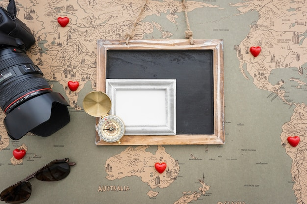 Great composition with decorative travel items