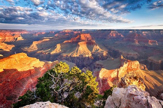 アメリカ、グランドキャニオンの素晴らしい眺め