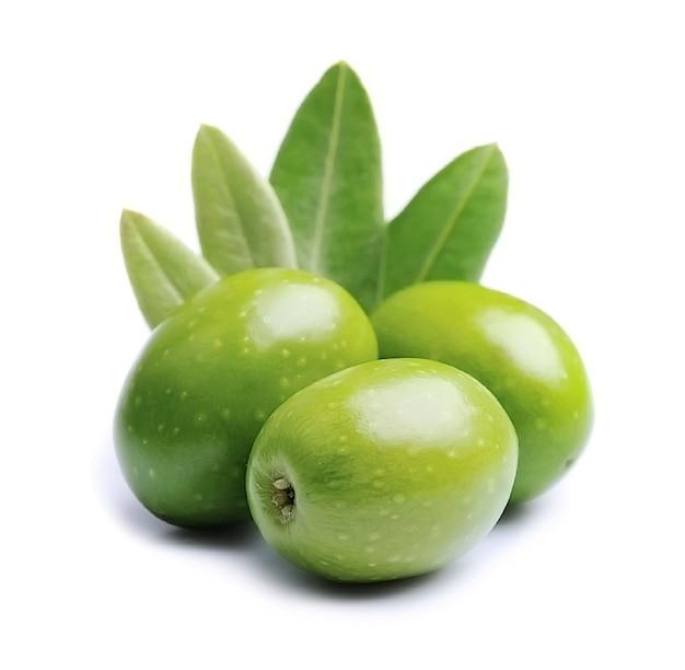 Gree оливковые фрукты и листья оливок.