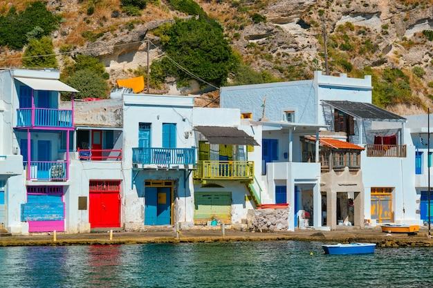 ギリシャのミロス島にあるギリシャの漁村クリマ