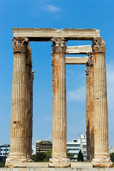 폐허에있는 그리스 사원