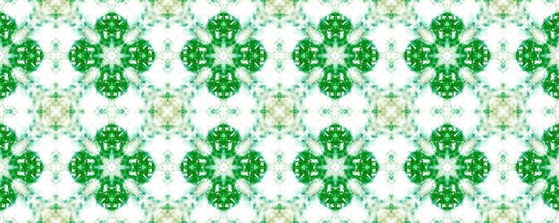 녹색 추상적인 배경입니다. 수제 복고풍 장식입니다. 기하학적 자수.