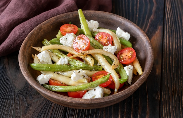 緑と黄色の豆のサラダ