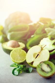Green apple, lettuce, cucumber, avocado, kale, lime, kiwi