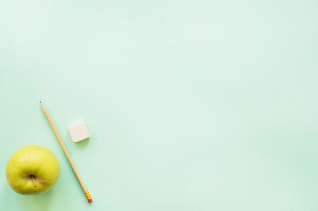 グリーンアップルペンとゴム