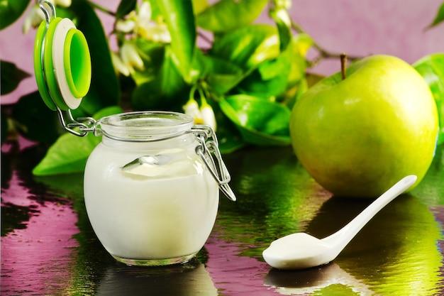 Green apple yogurt